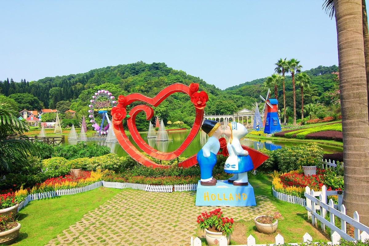 广州白云山云台花园拍景色。