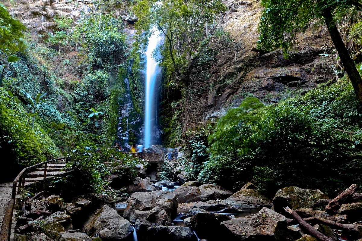 光影作业---瑞丽原始森林里的莫里瀑布(慢门习作10P)