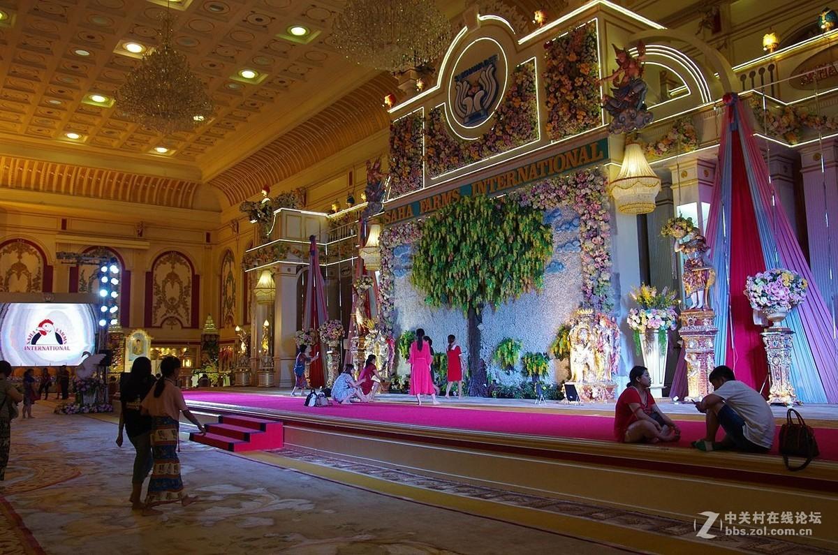 『泰国黄金屋、装饰很精美』123...15p