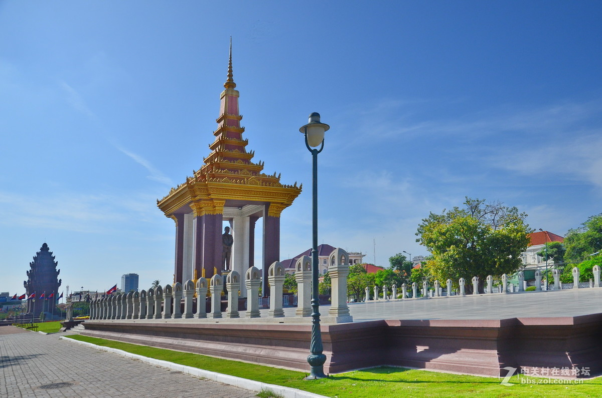 独立纪念碑、独立广场---金边纪行